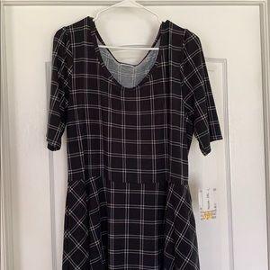 LuLaRoe Dresses - LuLaRoe 3XL Nicole dress